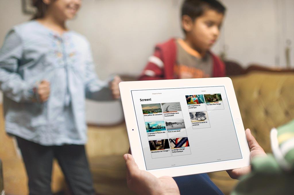 Sur iPad, ce sommaire prend la forme d'une grille afin de profiter de l'espace supplémentaire offert par l'écran de l'appareil.